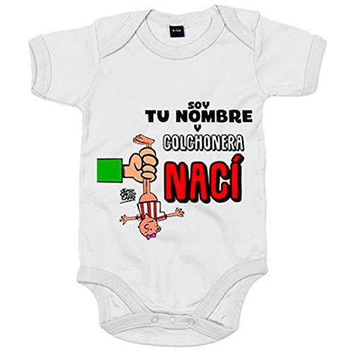 Body bebé Atleti cochonera nací personalizable con nombre ilustrado por Jorge Crespo Cano -...