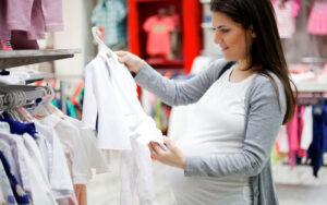 ¿Cómo saber la talla de ropa del bebé?